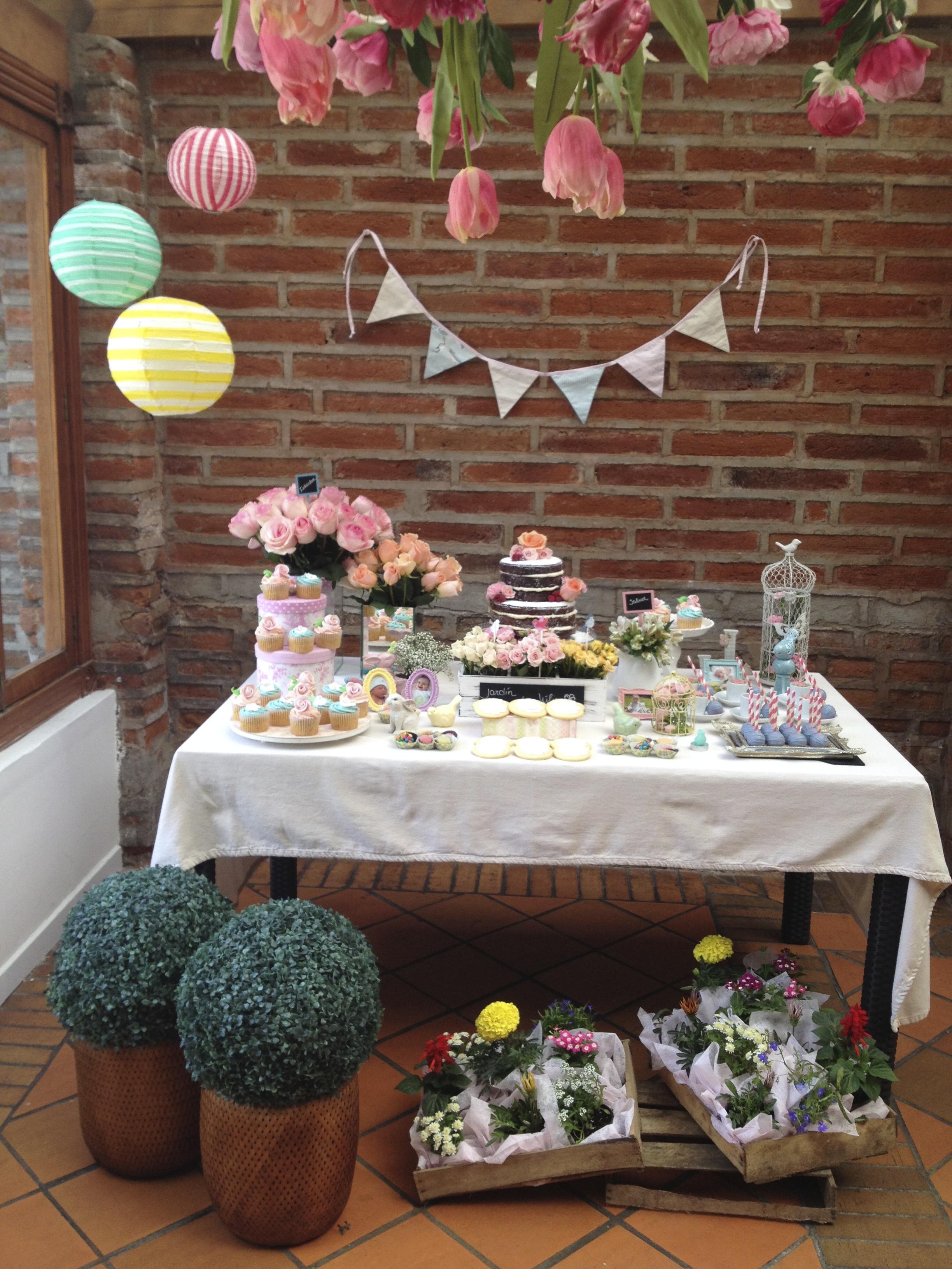 Fiesta primer cumplea os bienvenidos al jard n de j lia for Fiesta de jardin